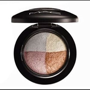 MAC Brilliant Brunch Mineralize Eye Shadow
